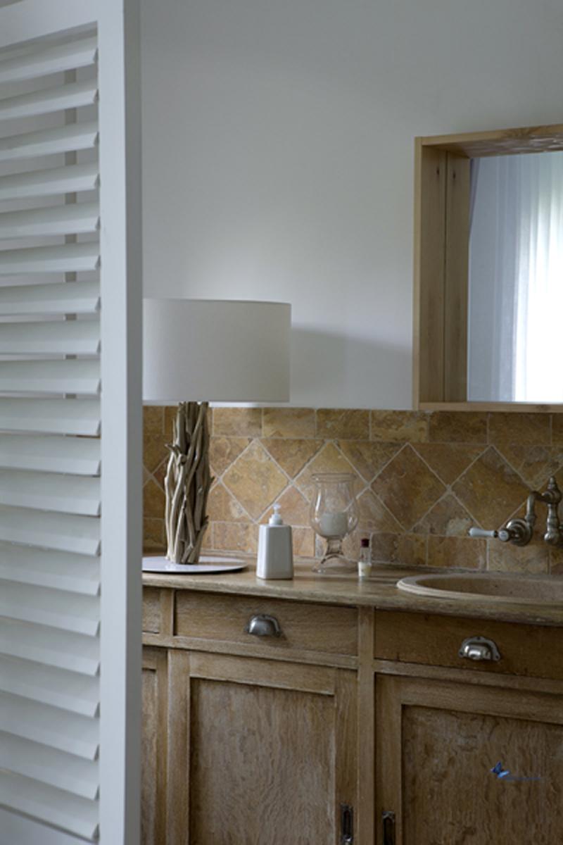 meuble de salle de bain déco : paravent, bois et tons naturels - Paravent Pour Salle De Bain