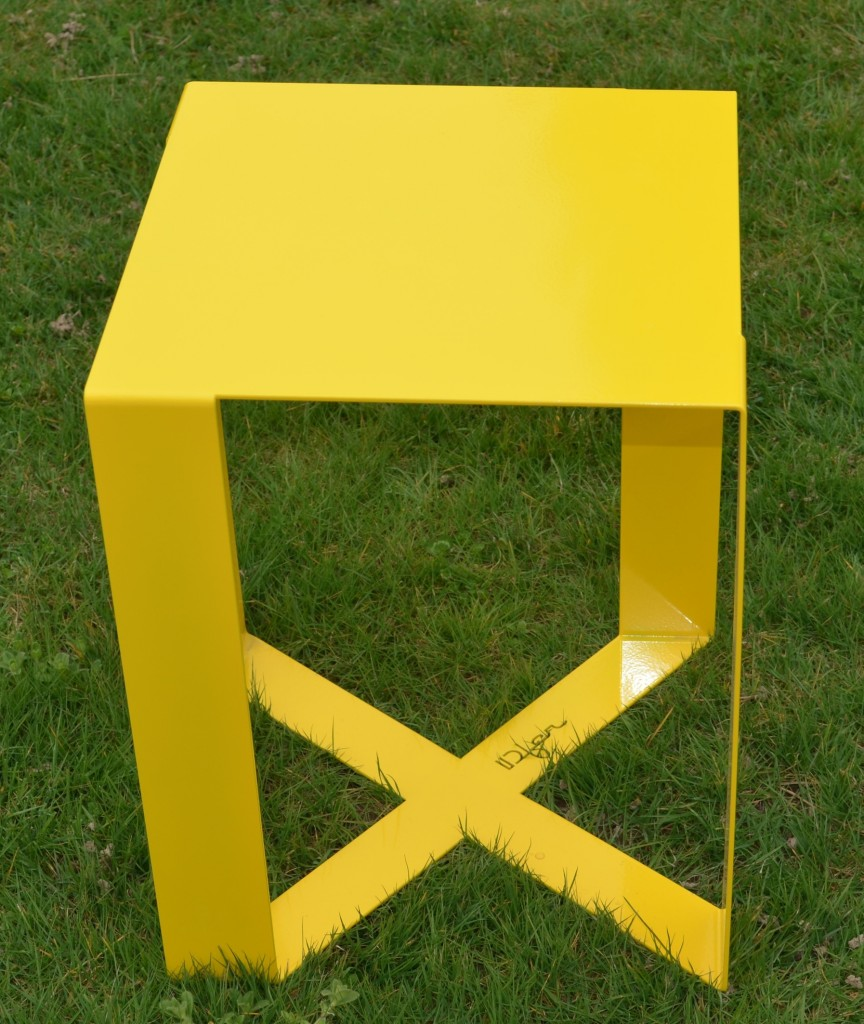 meuble-design-interieur-exterieur-idfer-tabouret