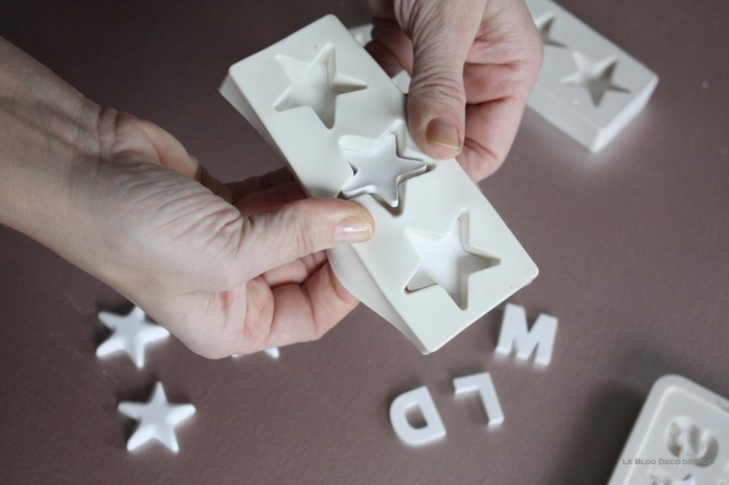 DIY-déco-facile-étoiles-et-lettres-en plâtre-demoulage-cote
