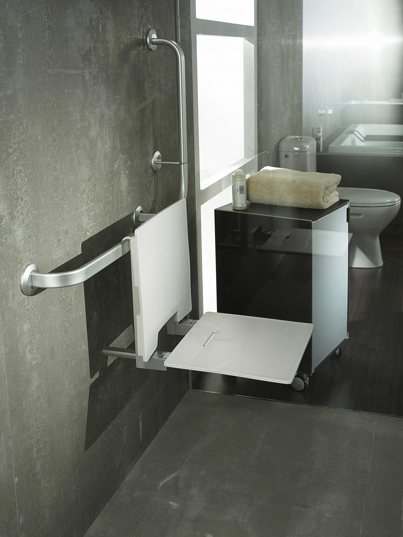 Tablette Salle De Bain Design : … -des-salles-de-bains-spécial-séniors-LAPEYRE-siège-de-douche