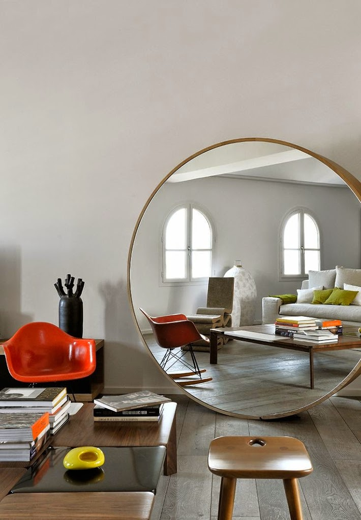 Miroir design archives le blog d co de mlc for Grand miroir rond