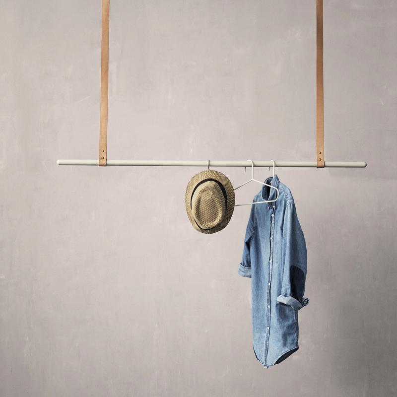 comment faire un portant porte v tements d co bois cuivre. Black Bedroom Furniture Sets. Home Design Ideas