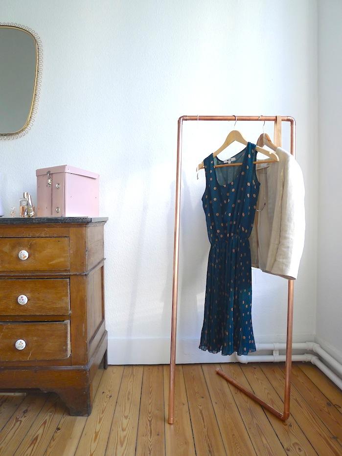 Comment faire un portant porte v tements d co bois cuivre - Comment fabriquer des decoration pour halloween ...