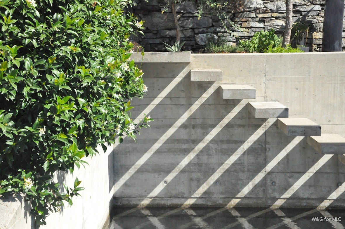Escalier suspendu archives le blog d co de mlc for Design exterieur terrasse