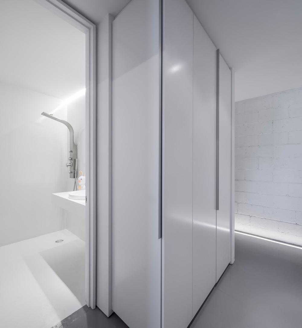 r novation d 39 un loft industriel design. Black Bedroom Furniture Sets. Home Design Ideas