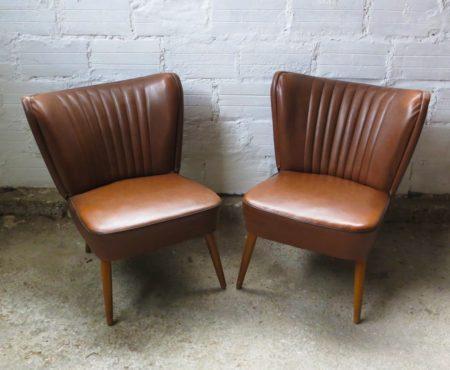 Sélection-de-petits-fauteuils-cocktails-skai_marron