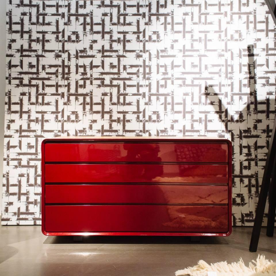 ampm commode. Black Bedroom Furniture Sets. Home Design Ideas
