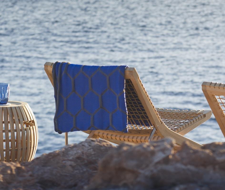 D co d 39 t balade des fauteuils design au bord de l 39 eau le blog d - Fauteuil bord de mer ...
