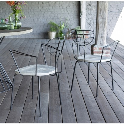 Quelle table et chaise de jardin choisir pour r unir sa tribu for Table chaise exterieur