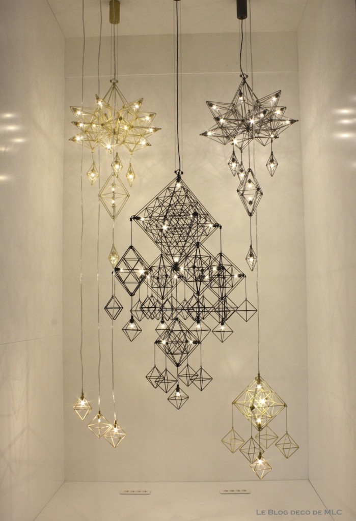 Luminaires design suspensions appliques murales lustres for Lustre suspension design
