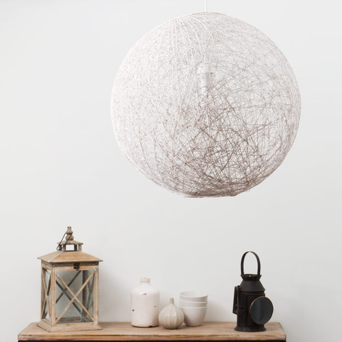 Suspension luminaire boule blanche for Suspension luminaire maison du monde