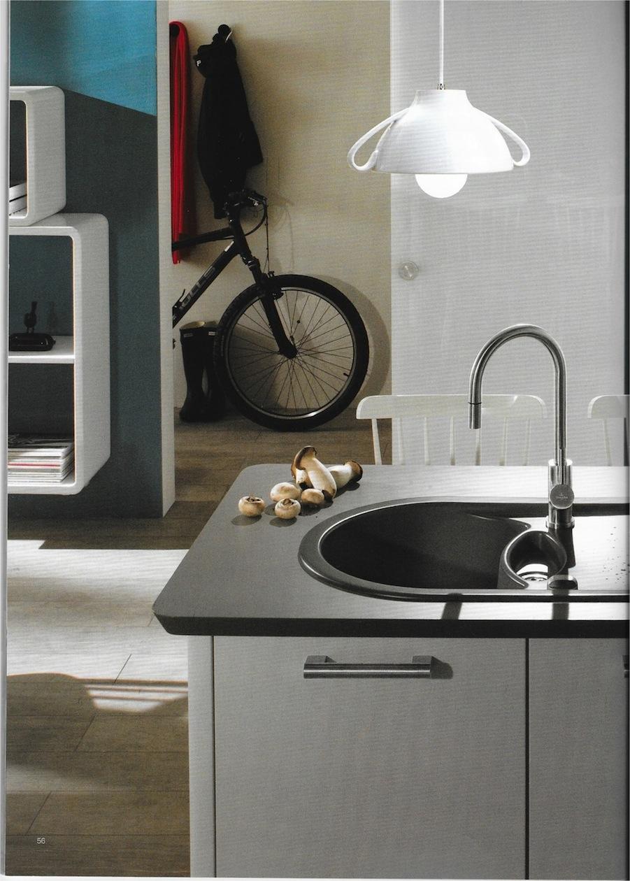 lampe suspendue cuisine moderne clair boule de verre pendentif lumires globe abatjour pendentif. Black Bedroom Furniture Sets. Home Design Ideas