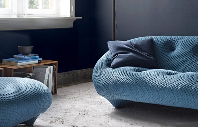 nuances de bleu pour mur canapé et associations