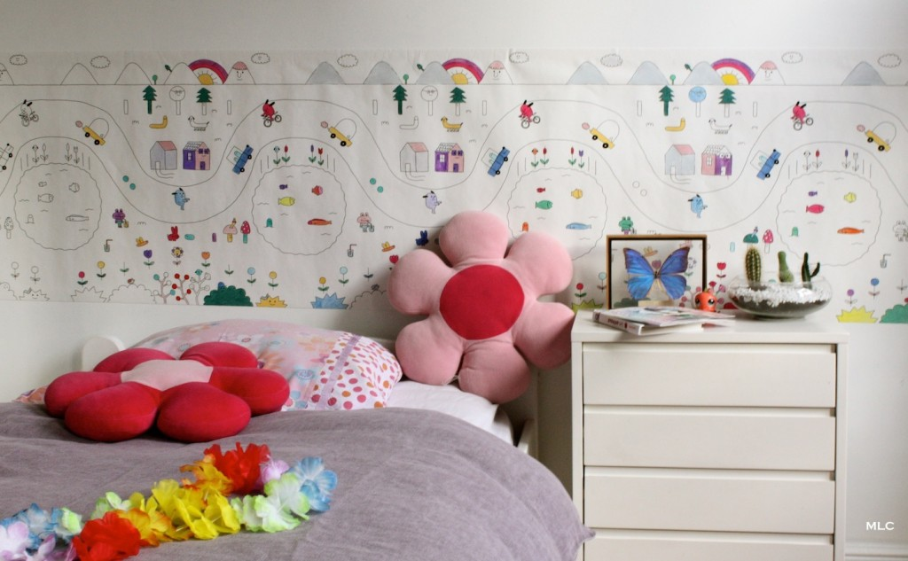 coloriage enfant papier peint pour chambre enfant d co. Black Bedroom Furniture Sets. Home Design Ideas