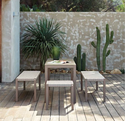 le cactus am nage une terrasse d co. Black Bedroom Furniture Sets. Home Design Ideas