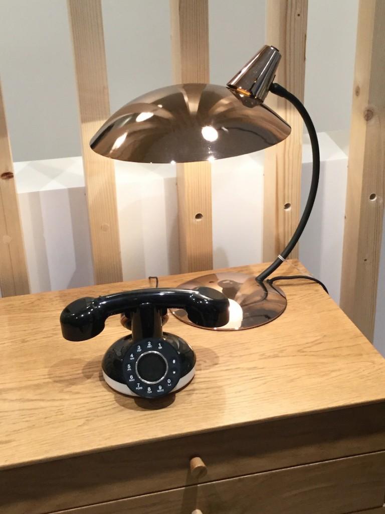 neo retro le t l phone sans fil d co le blog d co de mlc. Black Bedroom Furniture Sets. Home Design Ideas