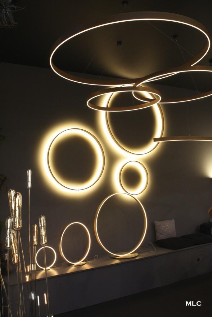 Joli luminaire design et po tique en verre et m tal for Luminaire design