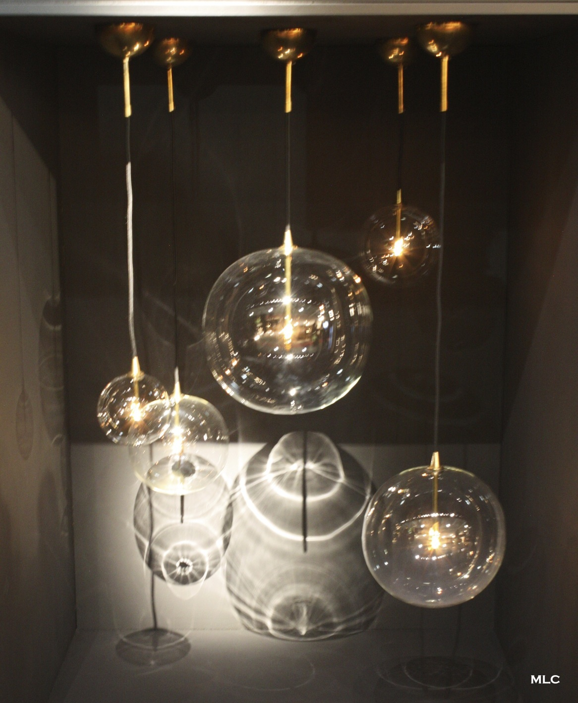 Lustre archives le blog d co de mlc for Luminaire suspension boule