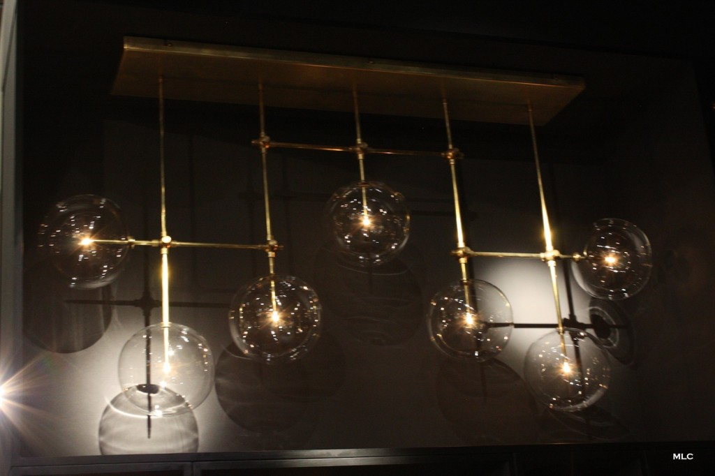 suspension-design-verre-et-metal