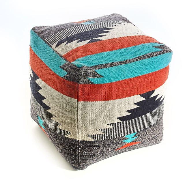 joli-pouf-carre-coton-couleur