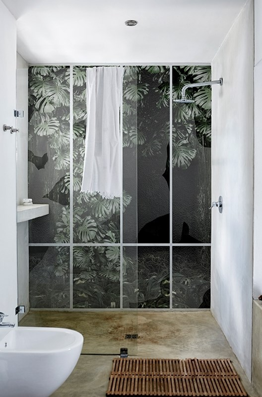 Douche italienne archives le blog d co de mlc for Papier peint special salle de bain