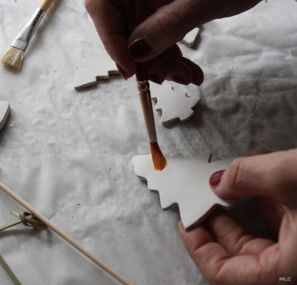 diy-peinture-sapin-argile-deco-noel-fait-maison