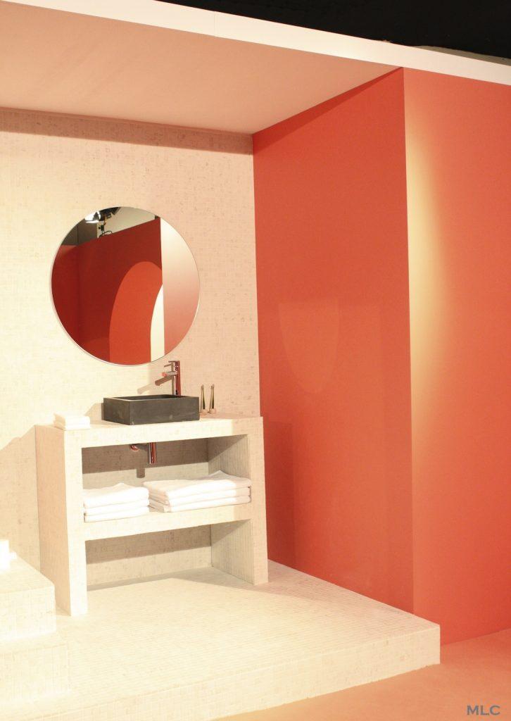 Couleur corail inspiration pour la maison blog d co de mlc for Couleur mur salle de bain