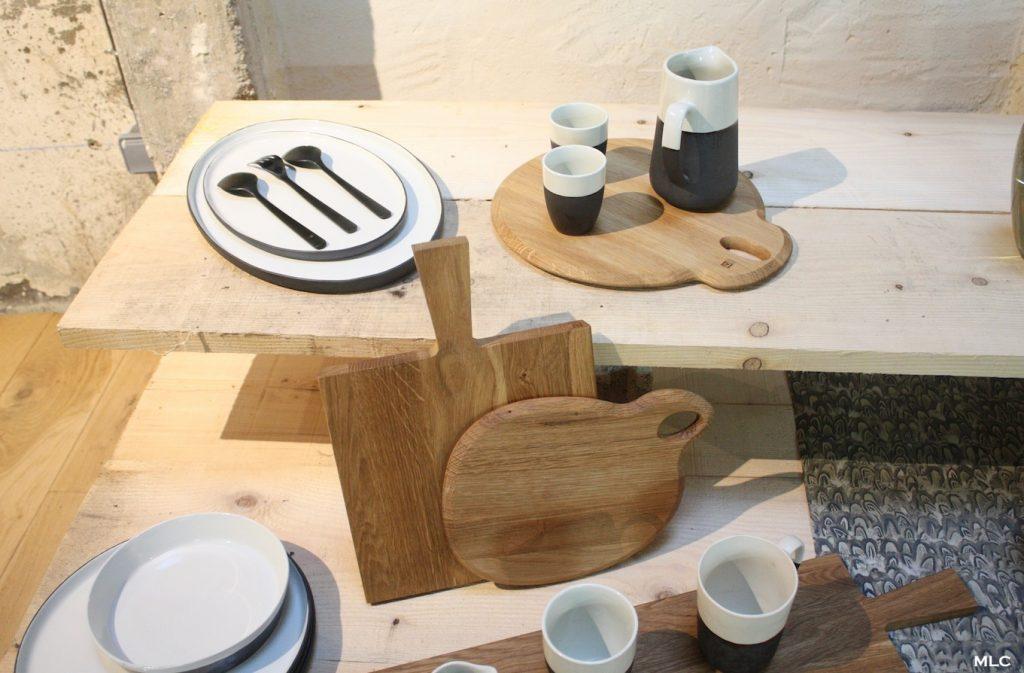 Accumulation de planche d couper en cuisine - Planche en bois cuisine ...