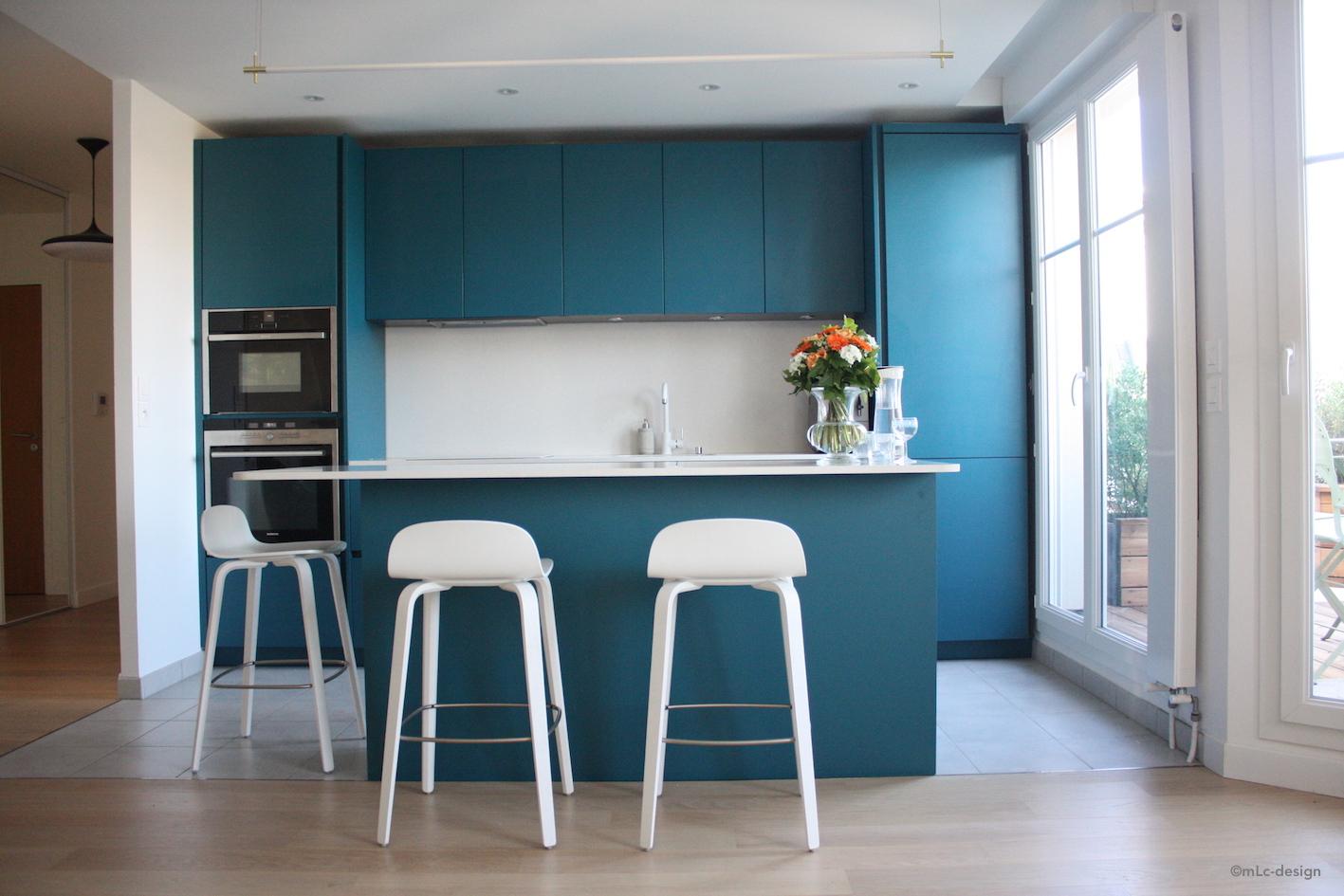ma nouvelle cuisine bleue le blog d co de mlc. Black Bedroom Furniture Sets. Home Design Ideas