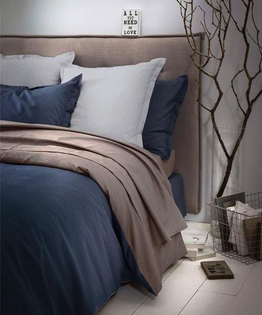 décoration chambre tête de lit matelassée