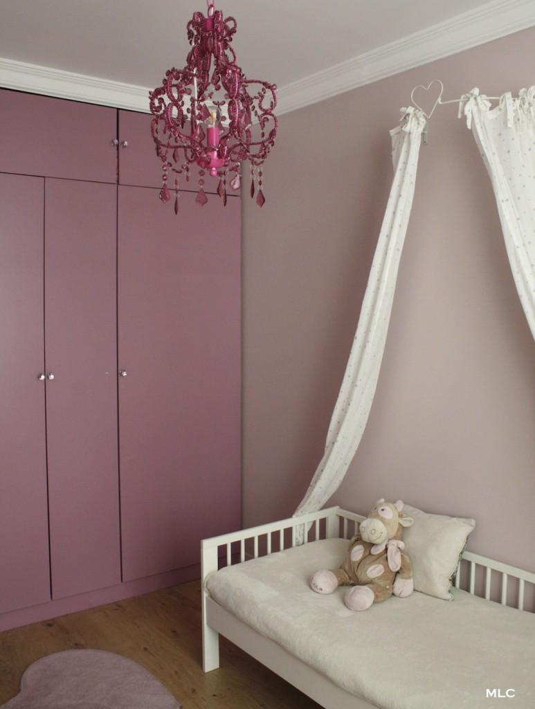 chambre-fille-bicolore-rose