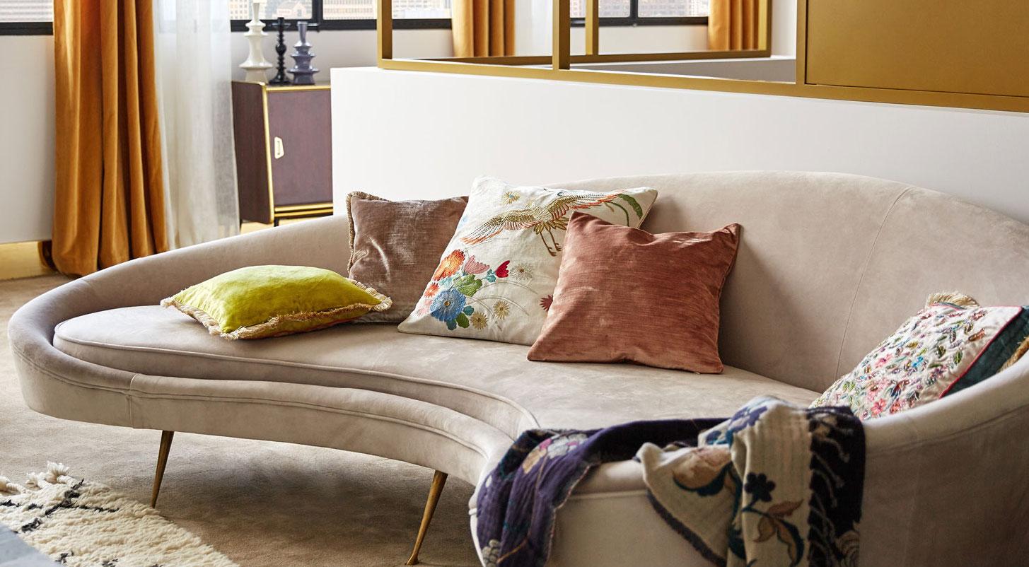 tendance d co le canap arrondi style kagan le blog d co de mlc. Black Bedroom Furniture Sets. Home Design Ideas